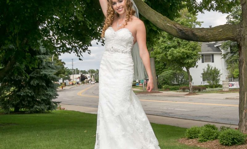 Bride in Liberty Pose