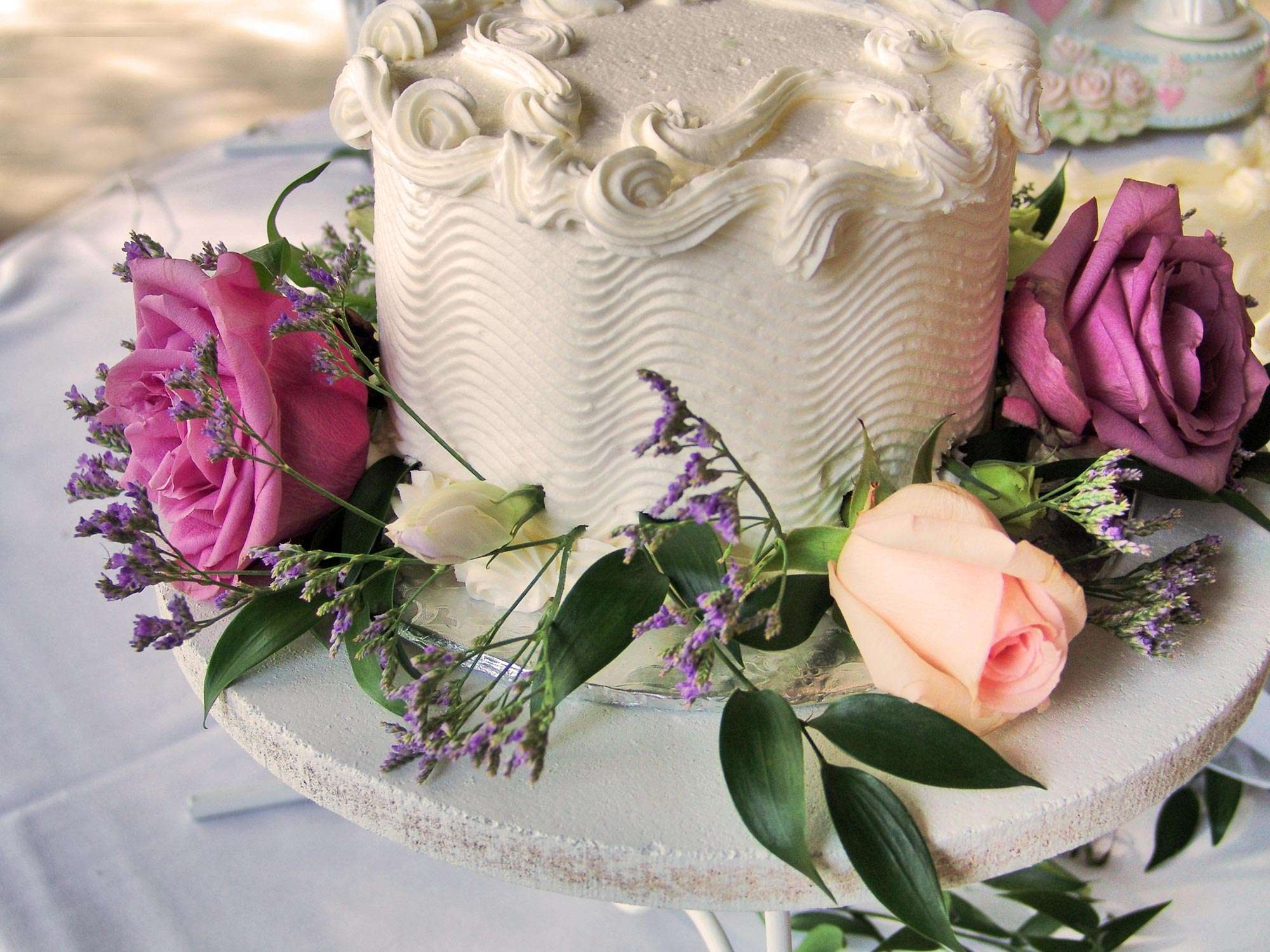 Freeze Your Wedding Cake